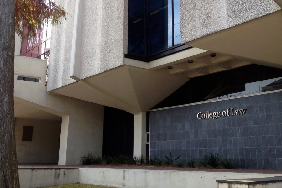 College of Law dean resigns