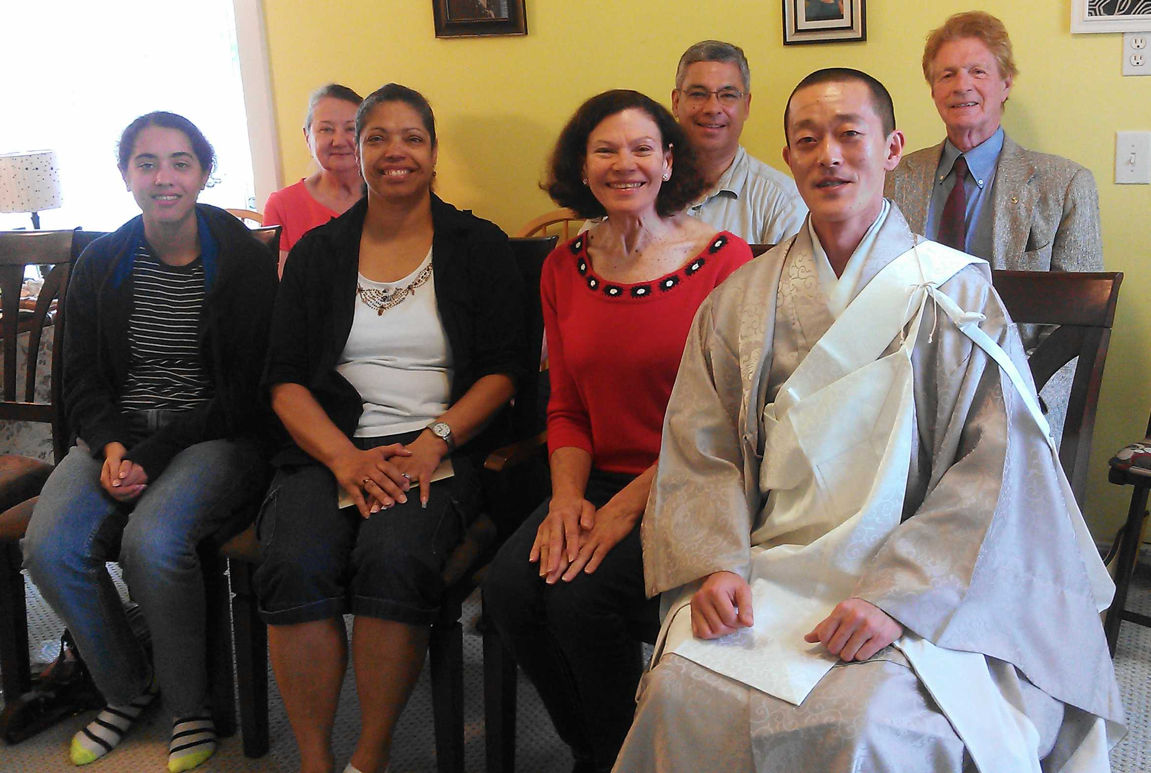 Nichiren Shoshu priest encourages the spread of faith through family