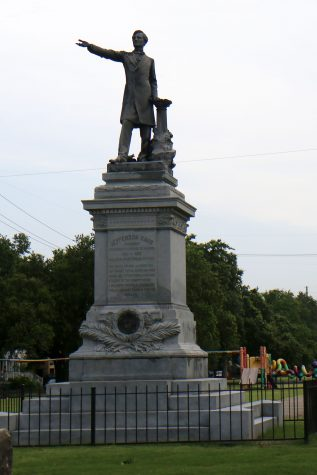 Court battle stalls removal of Confederate monuments
