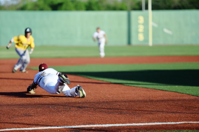 Baseball goes 2-1 against Tougaloo College and drops two against LSU-A