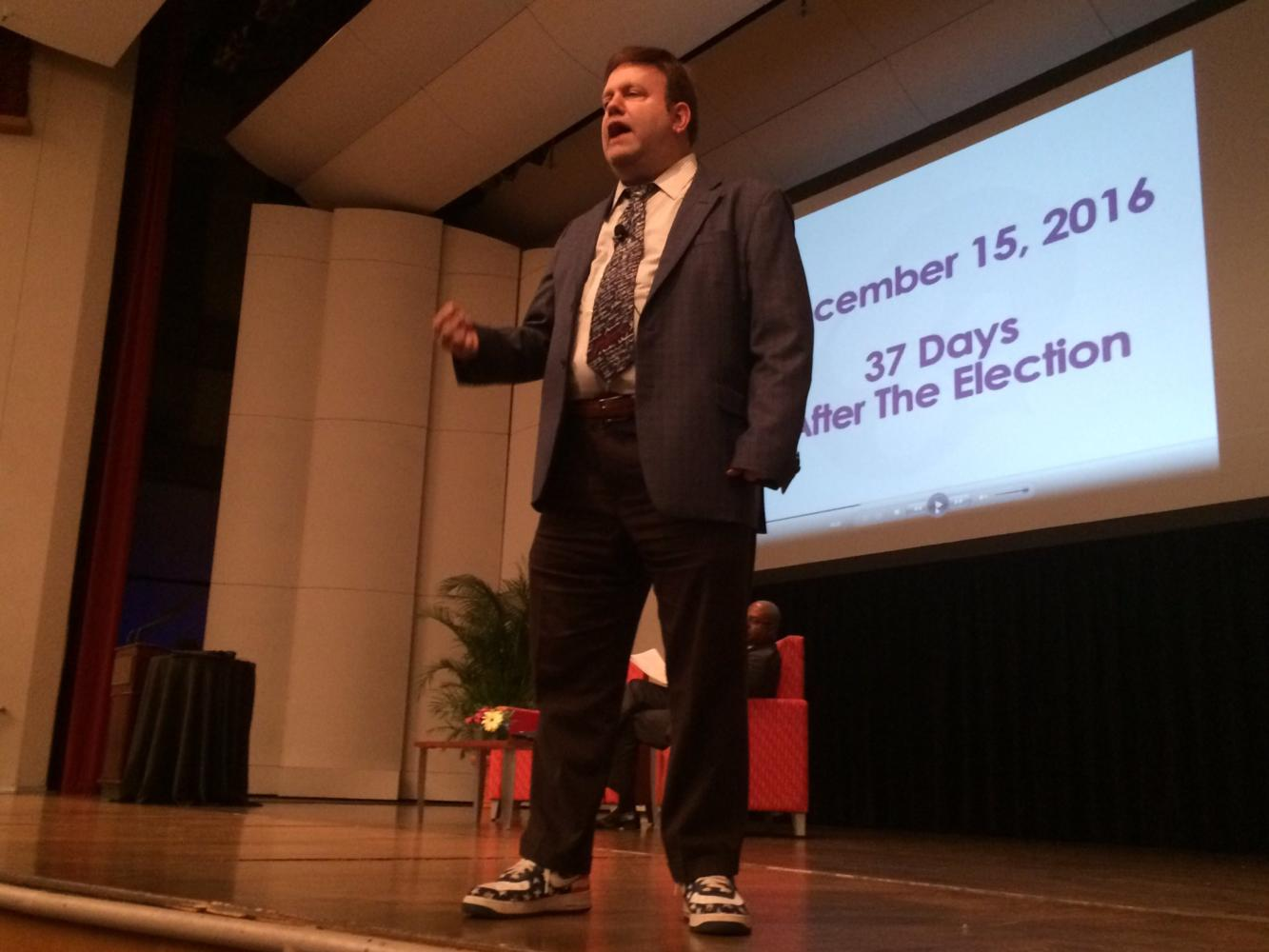 Frank Luntz speaks at the Ed Renwick Lecture Series in Roussel Hall on April 27. Luntz claimed anger as the defining mood of the American electorate. Photo credit: Nick Reimann