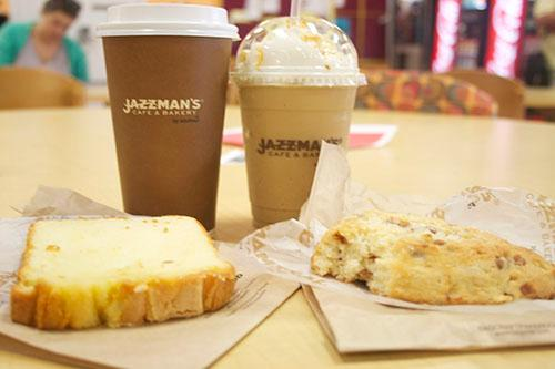 Fresh scones with a Carmel blast or a cup of coffee with pound cake are some items served at Jazzman's. Located on Loyola's Broadway campus serves as a new uptown dinning for students.