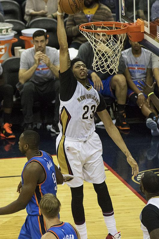 Anthony+Davis+dunks+the+ball+against+the+Oklahoma+City+Thunder+on+Feb.+25.+Davis+is+averaging+24+points+while+the+Pelicans+have+a+23-35+record+on+the+season.+Photo+credit%3A+Zach+Brien