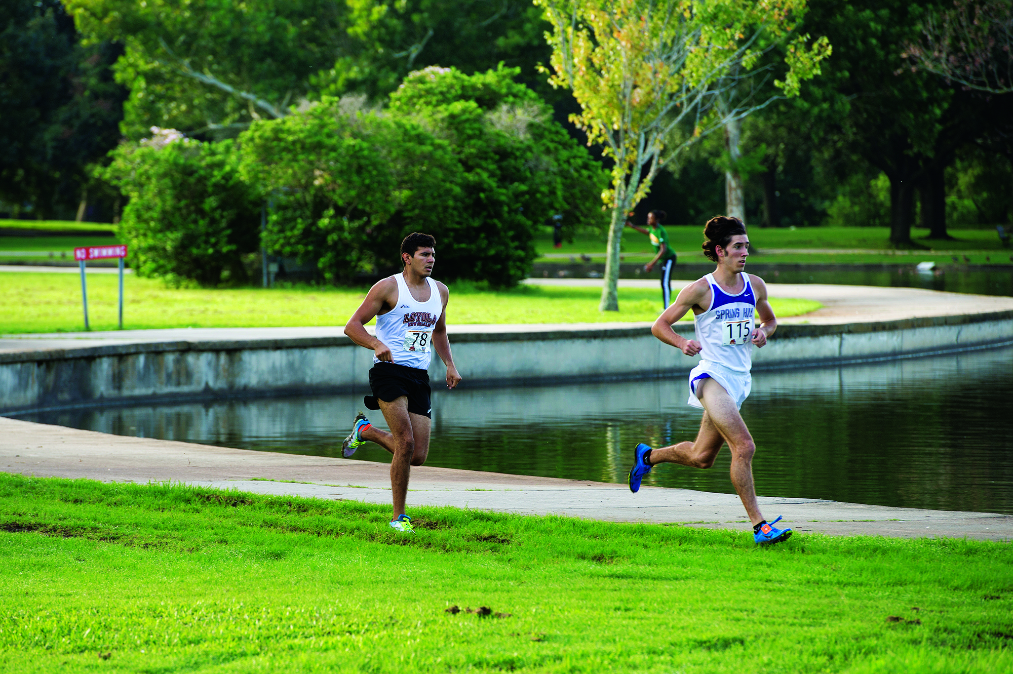 Anthony Rizzi leads the pack for cross country team