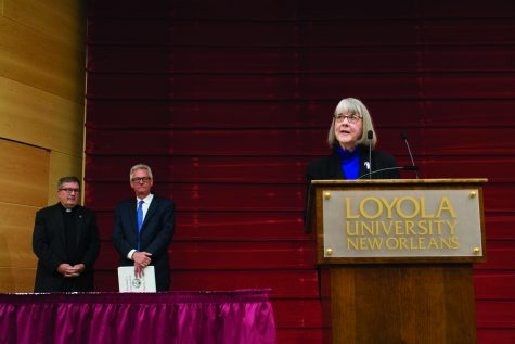 Leslie Parr honored with Dux Academicus award