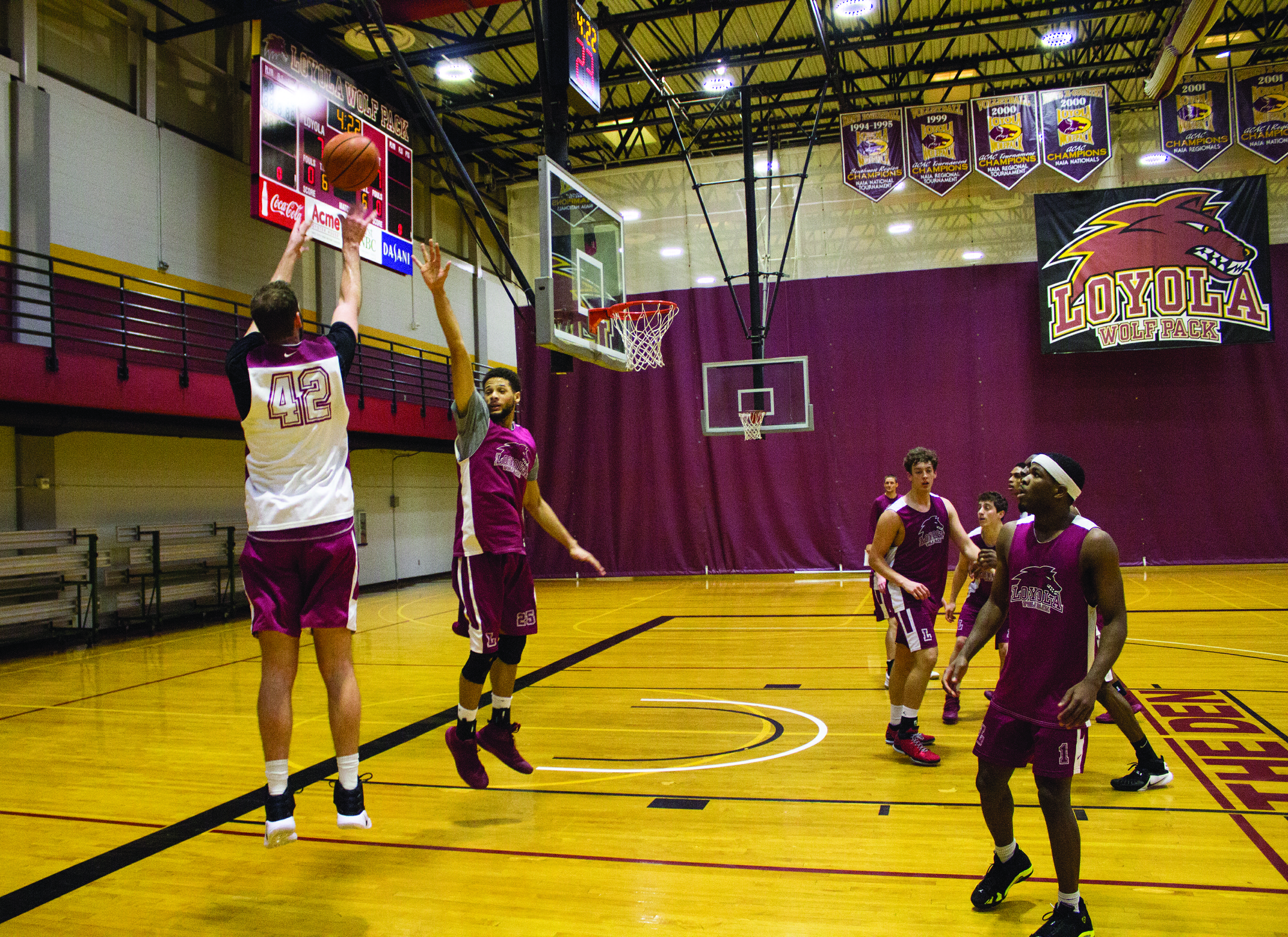 Wolf Pack Men's Basketball Team and coaches Stacy Hallowel and Ryan Brock hold practice at the First NBC Court on Loyola University New Orleans, Louisiana, Jan. 24, 2017. Stacy Hollowel, head coach, said team members have been exerting extraordinary effort during practice. Photo credit: Osama Ayyad