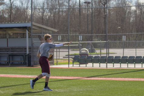 Baseball loses in the final match of the regular season
