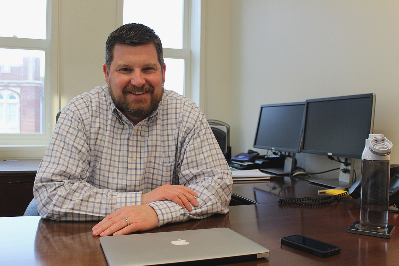 Nathan Ament, director of admissions, hopes to use his new position to grow the university. Ament began working on January 11 and is excited to work for a Jesuit University. CRISTIAN ORELLANA /The Maroon.