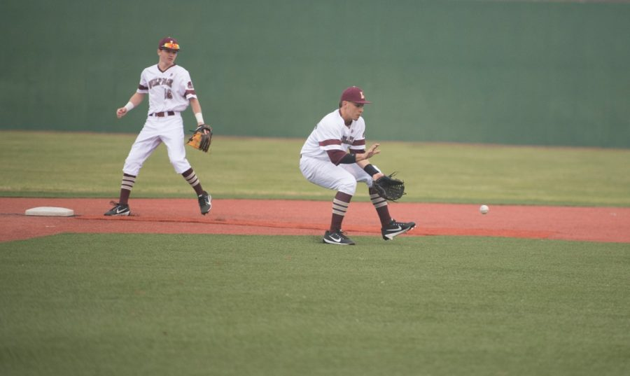 Loyola baseball drops the ball against Louisiana College