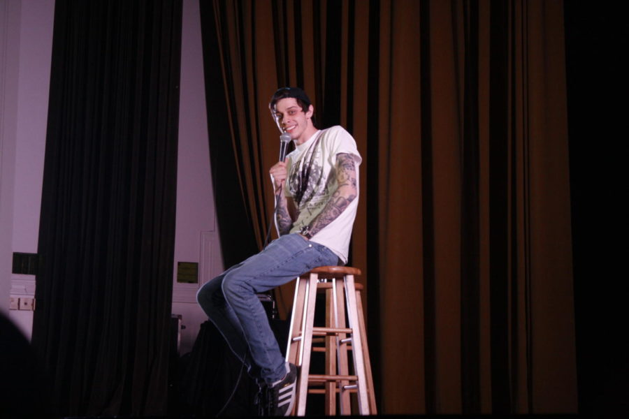Comedian-actor%2C+Pete+Davidson+tells+Tulane+students+a+story+about+his+interesting+life+journeys+that+he+had+along+the+way+of+%E2%80%9Cmaking+it.%E2%80%9D+Photo+credit%3A+Rhon+Ridgeway