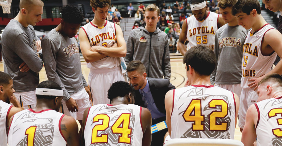Head+coach%2C+Stacy+Hollowell%2C+talks+strategy+to+Loyola%27s+Men%27s+Basketball+team+during+the+Jan.+20%2C+2018%2C+game+against+Faulkner+University.+Loyola+won+the+game+by+12+points.+JULIA+SANTOS%2FThe+Maroon.