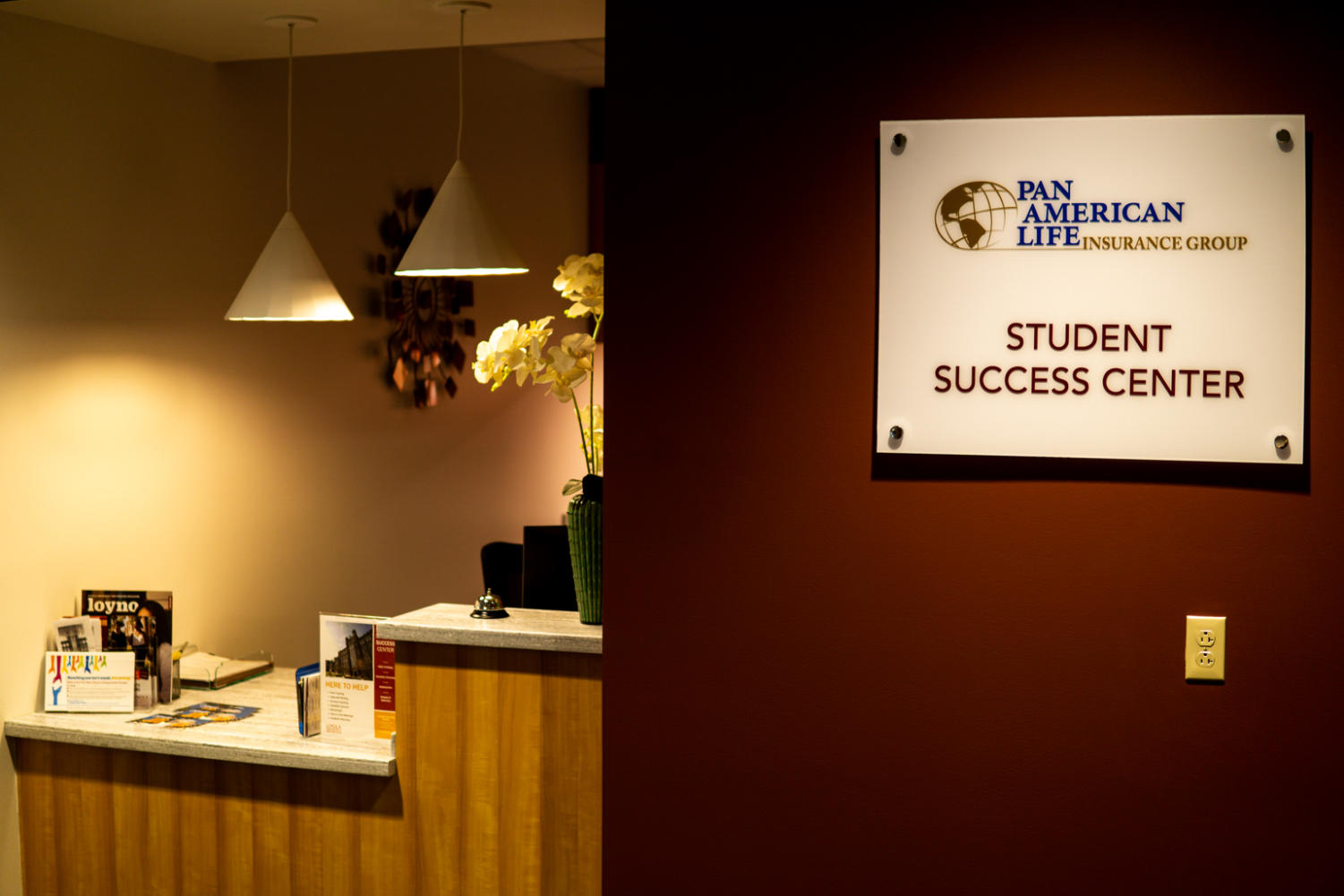 The+check-in+desk+in+the+Pan+American+Student+Success+Center+will+manage+students+visiting+all+four+offices+housed+in+the+center.+Donor+funding+from+Pan+American+Life+Insurance+and+an+anonymous+donor+created+the+%241.25+million+space.+Photo+credit%3A+Jacob+Meyer