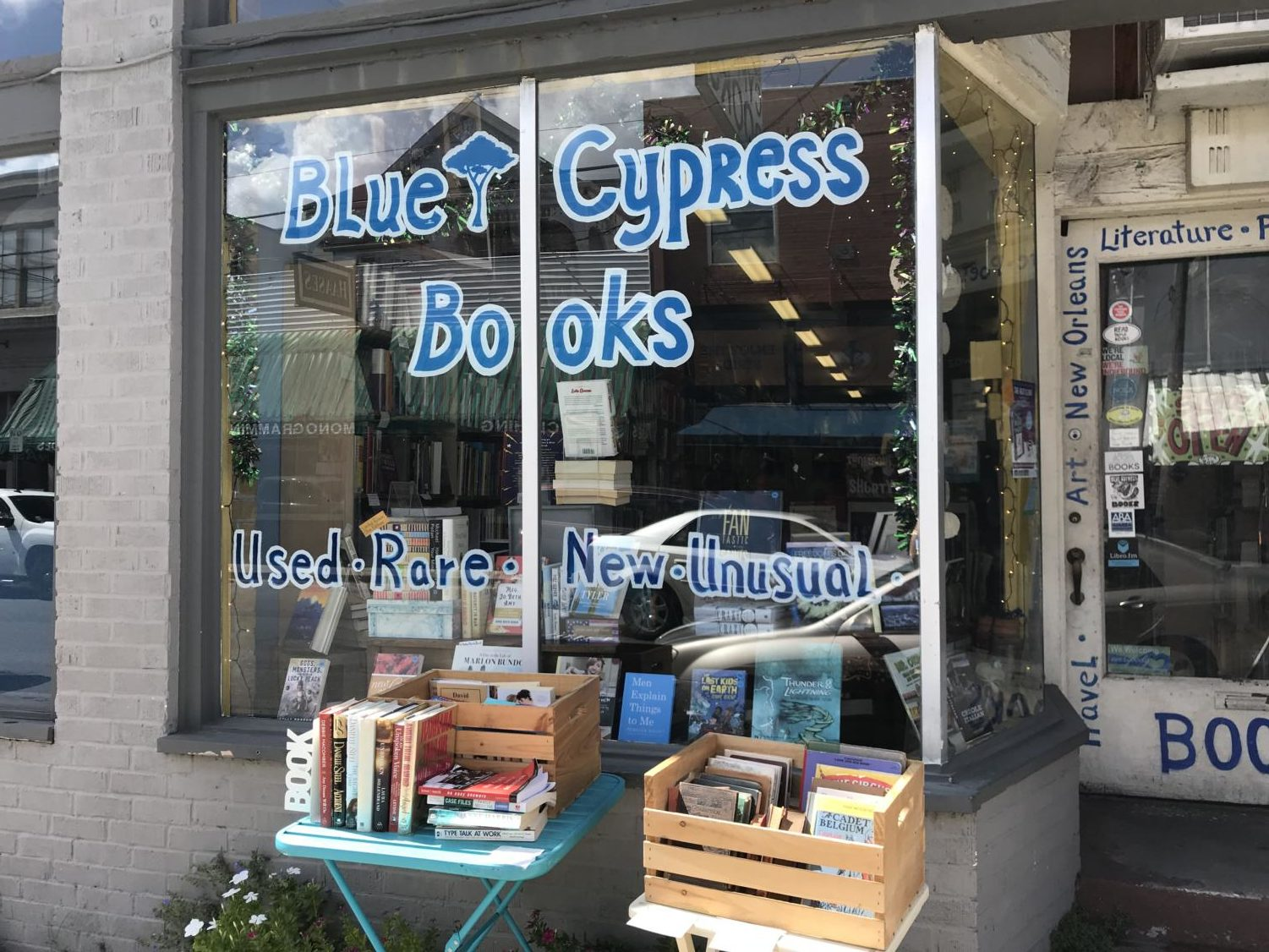 Blue+Cypress+Books+store+front.+