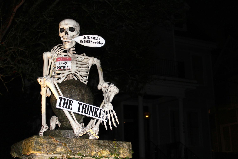 %27The+Thinker%27+skeleton+at+The+Skeleton+House+Photo+credit%3A+Hannah+Renton