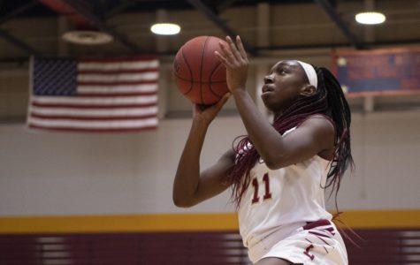 Loyola knocks Dillard out The Den