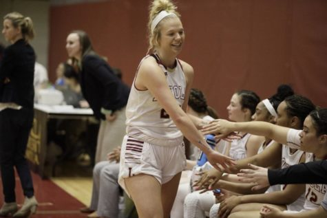Kellie Kennedy becomes Loyola's winningest coach as Wolf Pack beat Millsaps