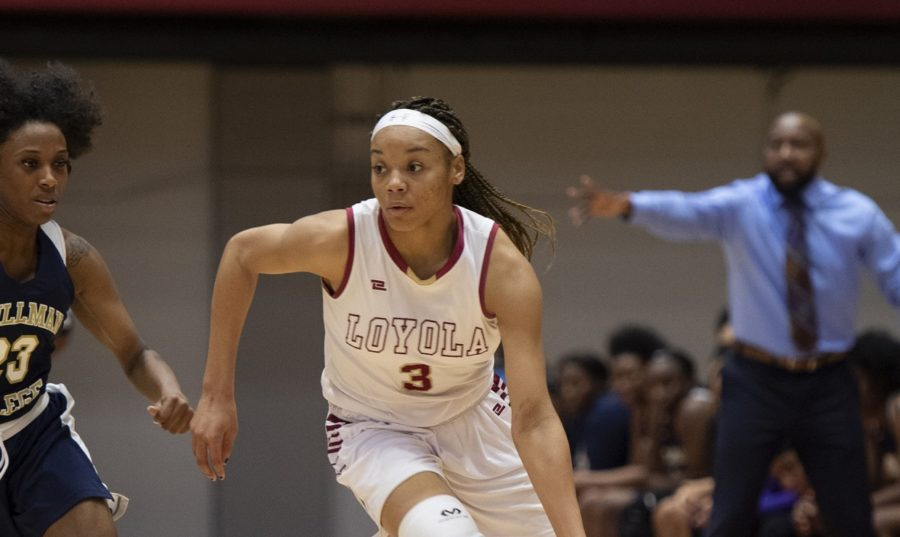 Freshman+Tay+Cannon+had+her+best+game+of+the+season.+Cannon+shot+a+career-best+in+points+and+had+a+career-best+in+steals+off+the+bench.+She+racked+up+22+points+and+six+steals%2C+the+most+by+any+member+this+season.+Photo+credit%3A+Andres+Fuentes