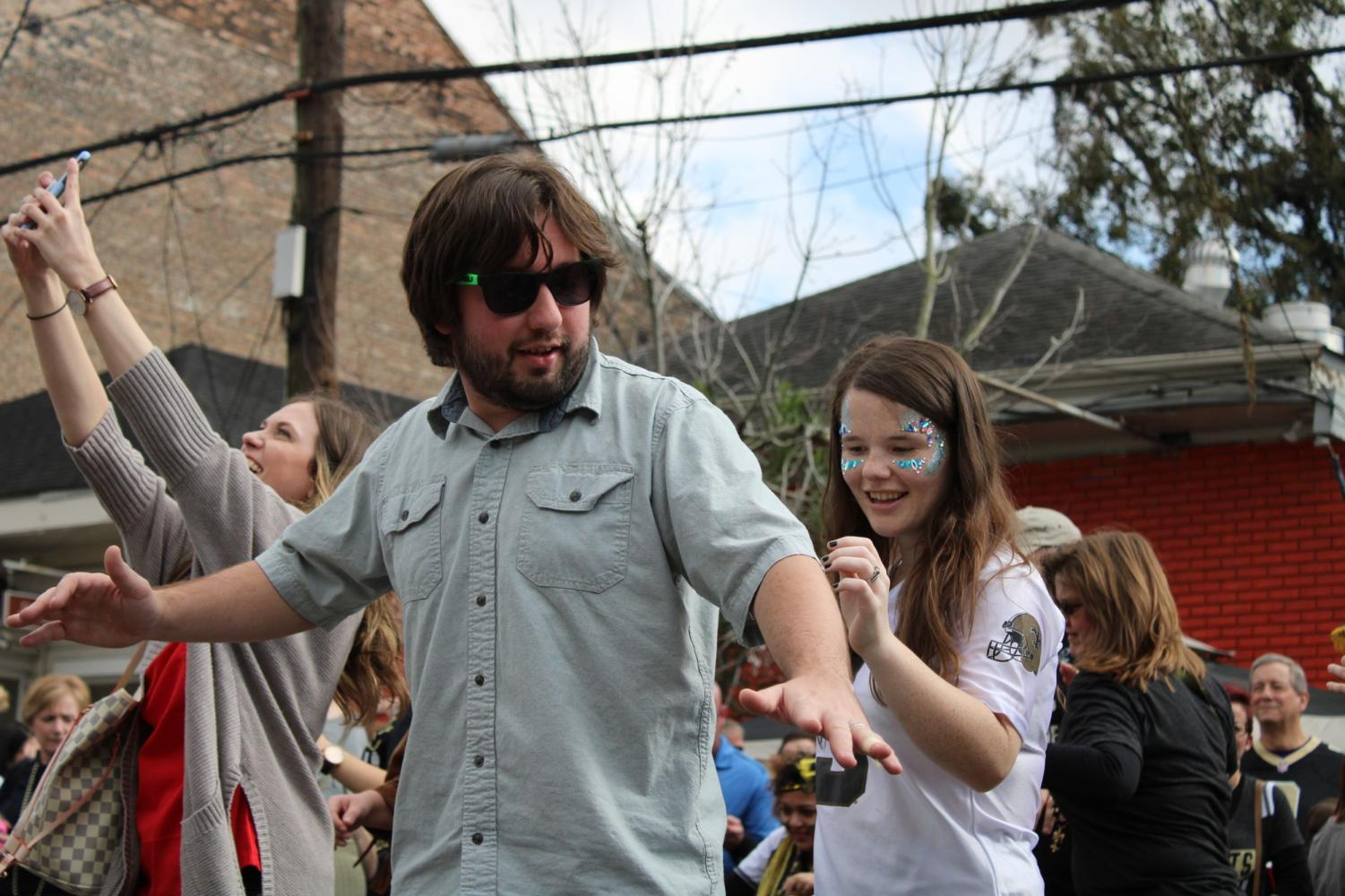 Who+Dat+fans+danced+their+Super+Bowl+sorrows+away+on+the+3300+block+of+Magazine+Street.+Photo+credit%3A+Madison+Mcloughlin