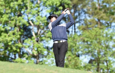 Golf program brings in 15 conference awards