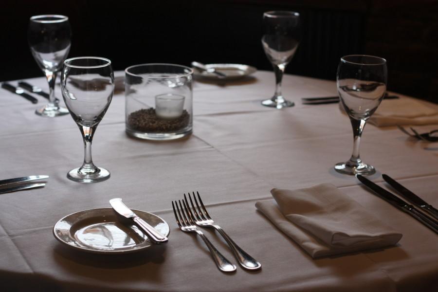 Fine dining etiquette 101 & Fine dining etiquette 101 - The Maroon